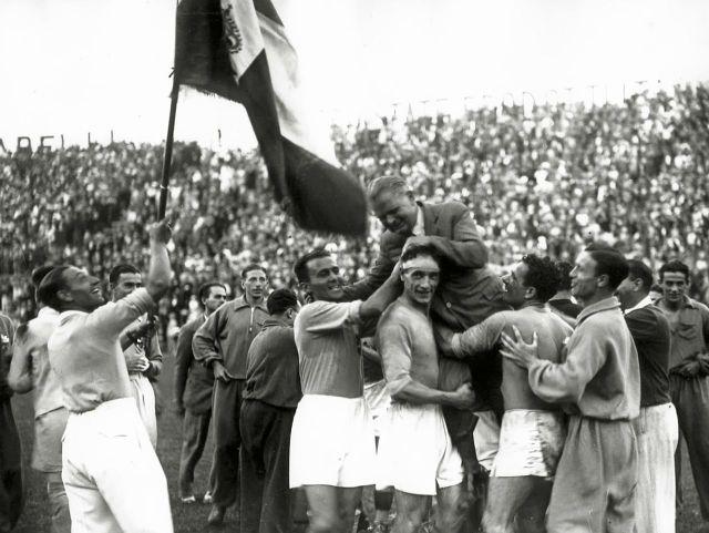 Coppa_Rimet_1934_-_Italia_-_Vittorio_Pozzo